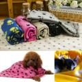Dorapet Pet Dog and Cat Fabric Blanket Mat Bed with Paw Prints (Color may Vary)